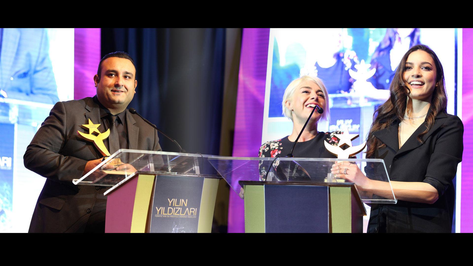 Yılın Yıldızları'ndan Show TV'ye iki ödül birden!