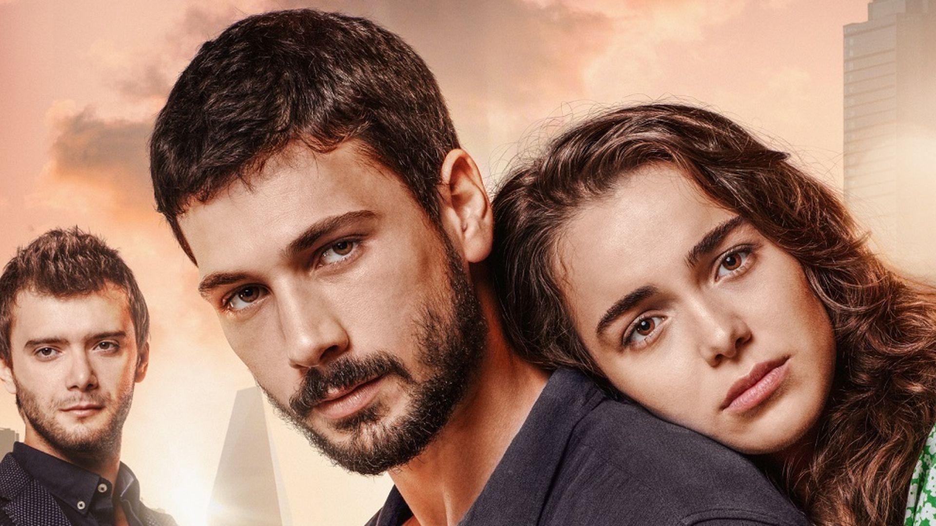 Aşk Ağlatır'ın afişi görücüye çıktı!