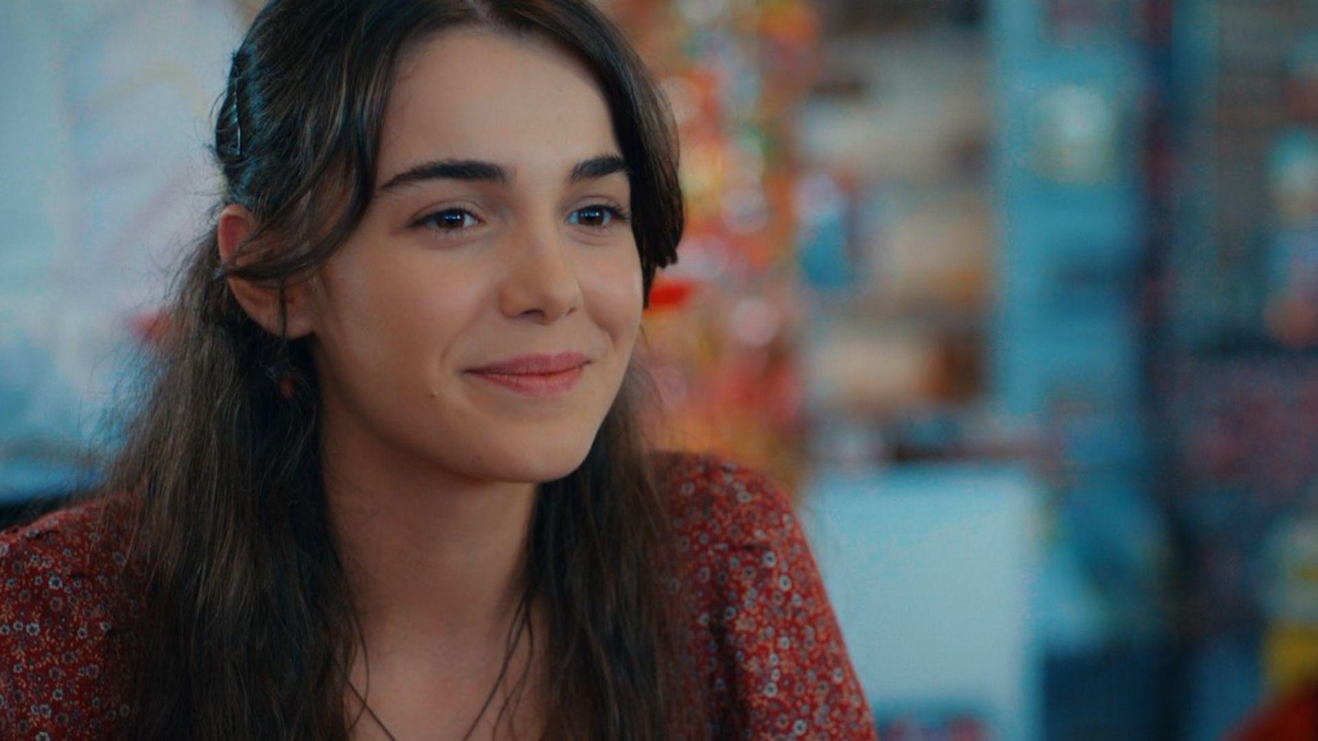 Aşk Ağlatır Pazar günü Show TV'de başlıyor!