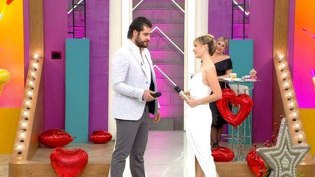 Kuaförüm Sensin'de Sevgililer Günü'ne özel program!