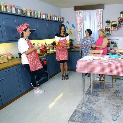Gelinler ve dünürlerin kıyasıya mutfak rekabeti!